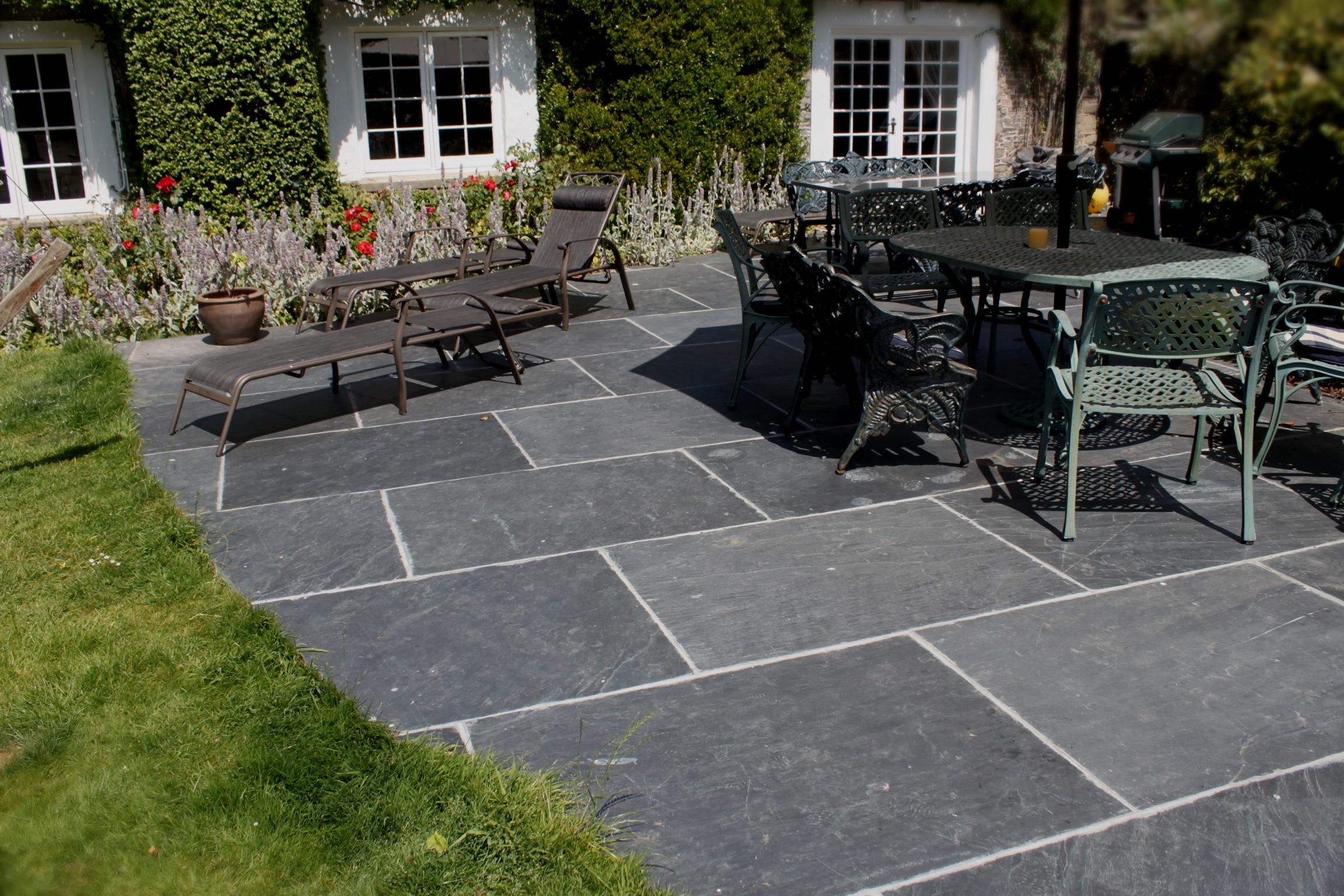 Flagstone Kitchen Tiles