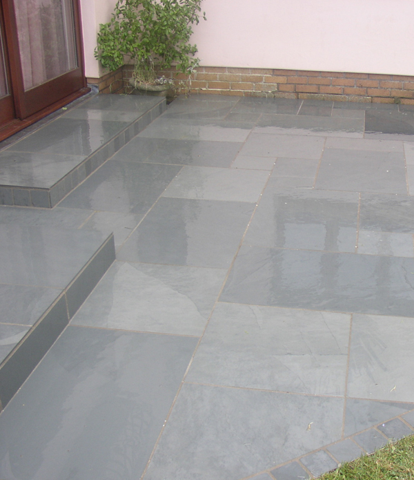 Flooring gallery of slate floor tiles and flagstones for Exterior floor tiles