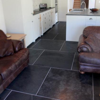 preta hand polished Brazilian slate flooring