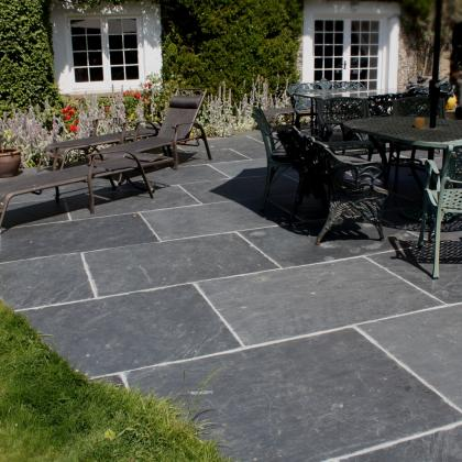 Chinese rustic flagstone patio