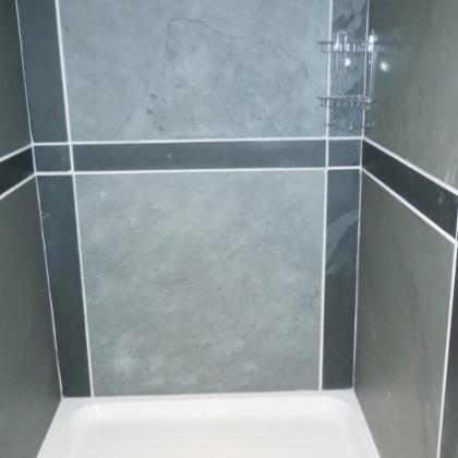 Shower Cubicle in Black and Grey Slate