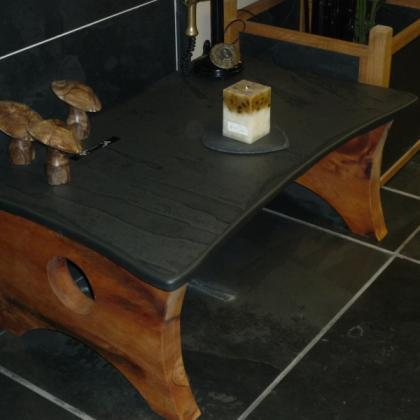 Stunning table with thick deep oak sides