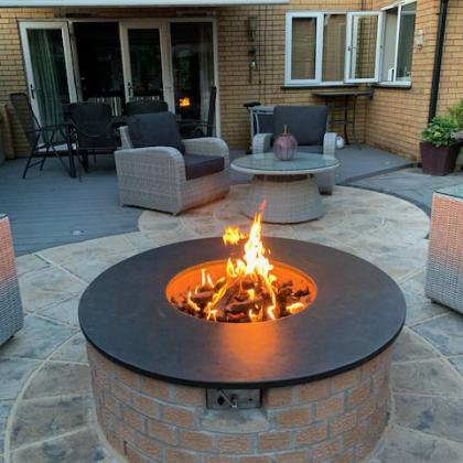 round slate worktop on fire pit