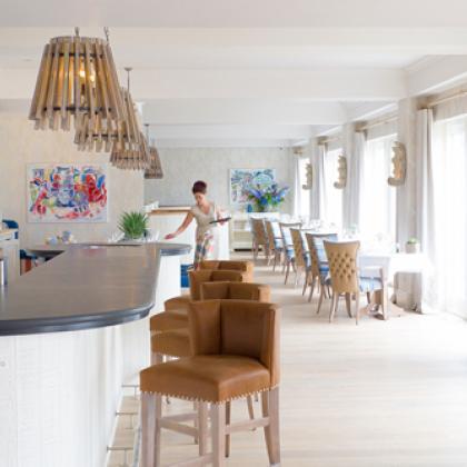 Restaurant with bar surface bespoke made for modern bar