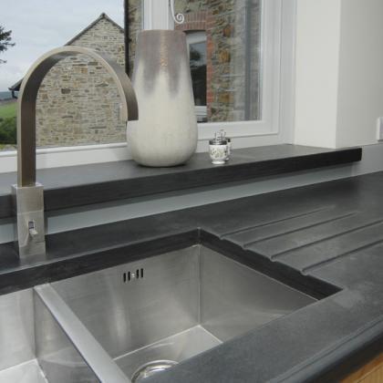 Steel sink slate drainer