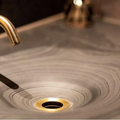 Slate sink for a restaurant with the grains showing through