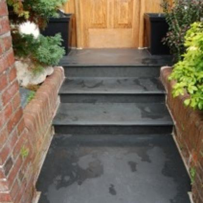 steps leading up to front door