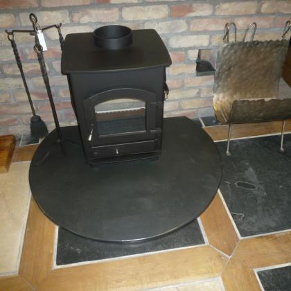 Rounded woodburner fire hearth