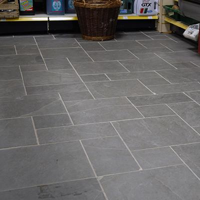 4 Tile Size Patterned Floor