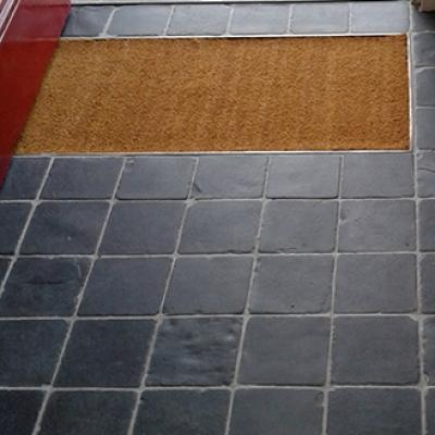 Lobby with Square Tumbled Slate Cobbles
