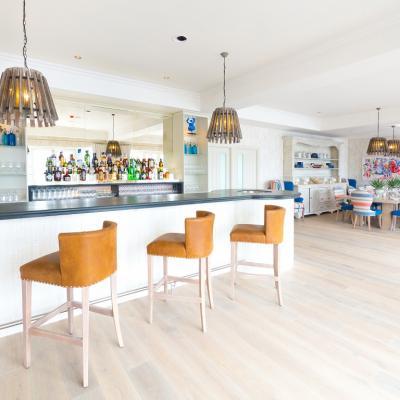 Slate worktop for a hotel bar