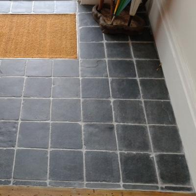Lobby with 150mm square Tumbled Slate Cobbles