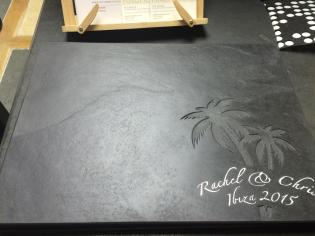 Cheeseboard with an engraved custom design