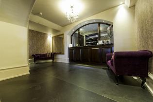 Large slate flagstones in a hotel reception