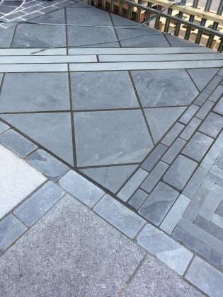 Diamond patio pattern slate paving